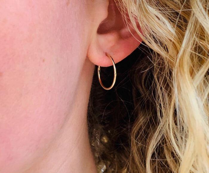 L P Sleeper Earring